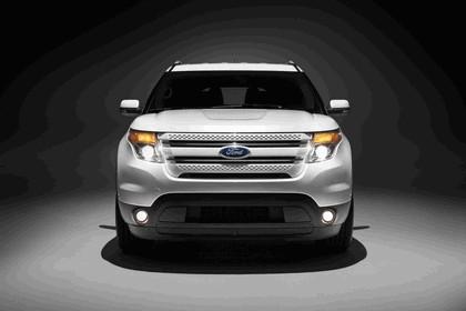 2011 Ford Explorer 4