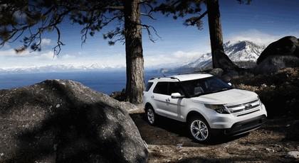 2011 Ford Explorer 13