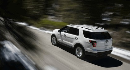 2011 Ford Explorer 25