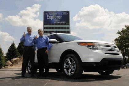 2011 Ford Explorer 33