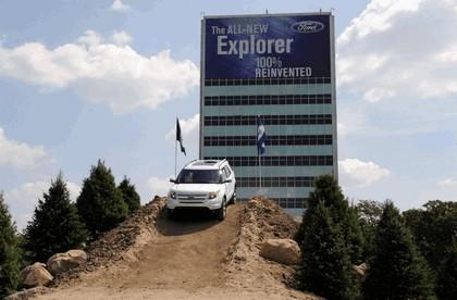 2011 Ford Explorer 37