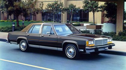 1983 Ford Crown Victoria LTD 3