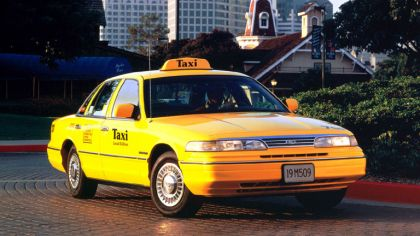 1993 Ford Crown Victoria Taxi 6