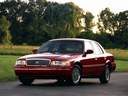 1998 Ford Crown Victoria 5
