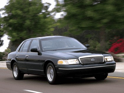 1998 Ford Crown Victoria 7