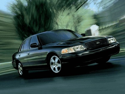 1998 Ford Crown Victoria 10
