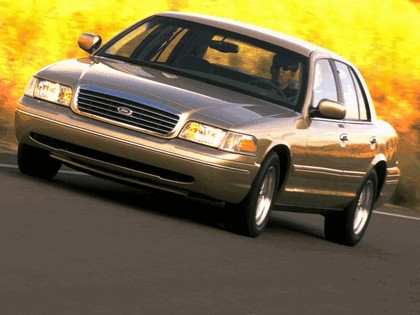 1998 Ford Crown Victoria 19