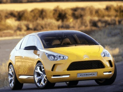 2005 Citroën C-SportLounge concept 3