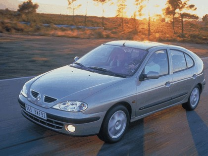 1999 Renault Megane 3