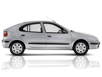 1999 Renault Megane 4