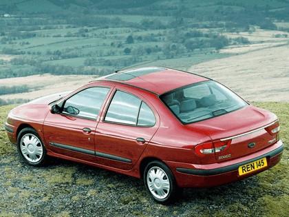 1999 Renault Megane sedan 2