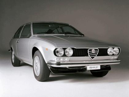 1974 Alfa Romeo Alfetta GT 1