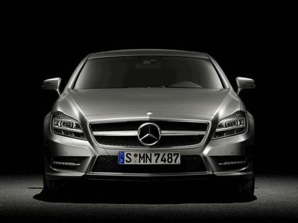 2010 Mercedes-Benz CLS 11