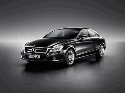 2010 Mercedes-Benz CLS 21