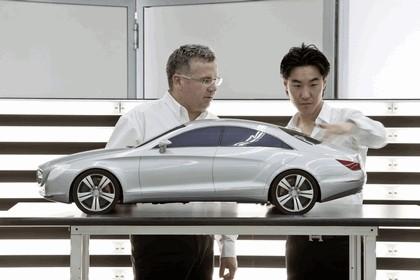 2010 Mercedes-Benz CLS 82