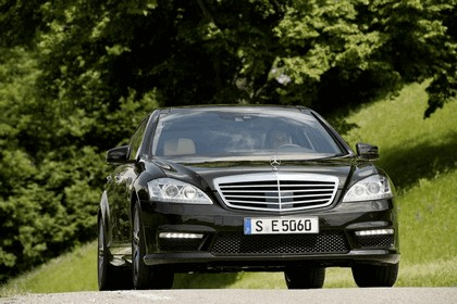 2010 Mercedes-Benz S63 AMG 2