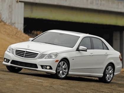 2009 Mercedes-Benz E350 BlueTec ( W212 ) - USA version 4