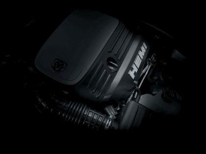 2005 Dodge Magnum 11