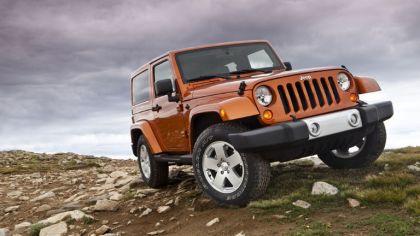 2011 Jeep Wrangler Sahara 5