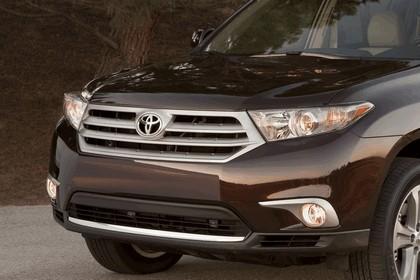 2011 Toyota Highlander 25