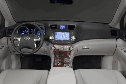2011 Toyota Highlander Hybrid 28