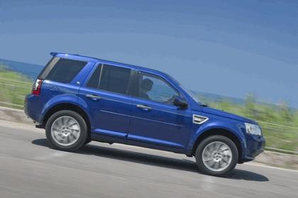 2011 Land Rover Freelander 2 HSE i6 12