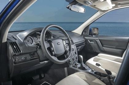 2011 Land Rover Freelander 2 HSE i6 26