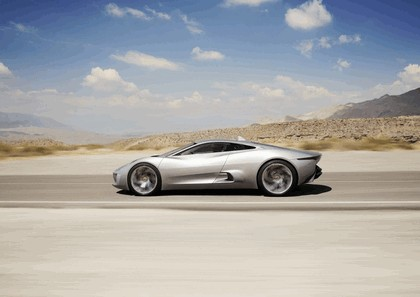 2010 Jaguar C-XF concept 12