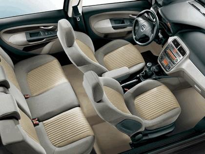 2005 Fiat Grande Punto 5-door 4