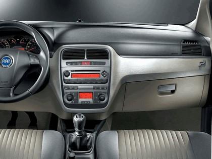 2005 Fiat Grande Punto 5-door 6