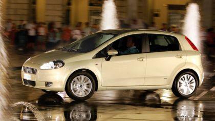 2005 Fiat Grande Punto 5-door 8