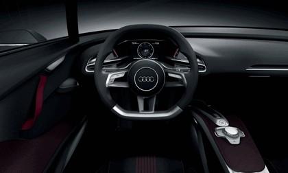 2010 Audi e-tron Spyder 13
