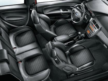 2005 Fiat Grande Punto Multijet 3-door 5