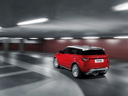 2010 Land Rover Range Rover Evoque 5-door 4