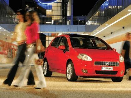 2005 Fiat Grande Punto Multijet 3-door with Panoramic Sunroof 1