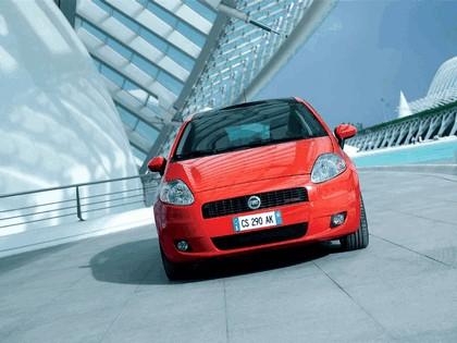 2005 Fiat Grande Punto Multijet 3-door with Panoramic Sunroof 18