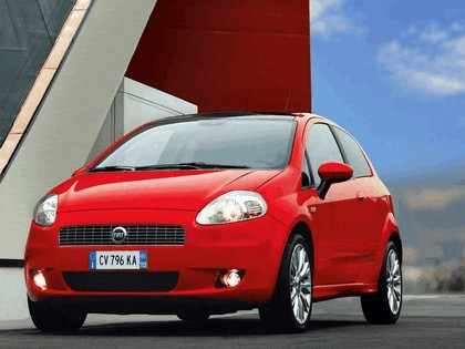 2005 Fiat Grande Punto Multijet 3-door with Panoramic Sunroof 20