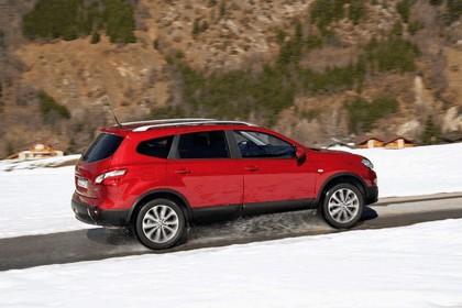 2010 Nissan Qashqai + 2 21