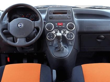2005 Fiat Panda Cross 32