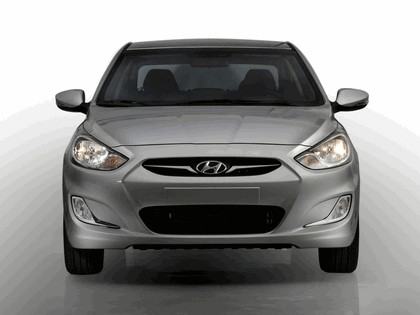 2010 Hyundai Solaris 5