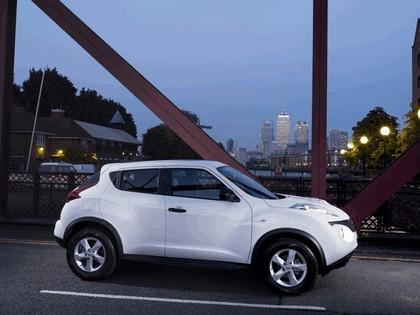2010 Nissan Juke - UK version 1