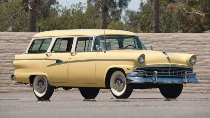 1956 Ford Country sedan 1