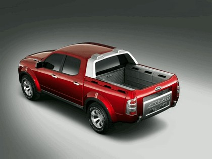 2005 Ford 4-Trac pick-up concept 9