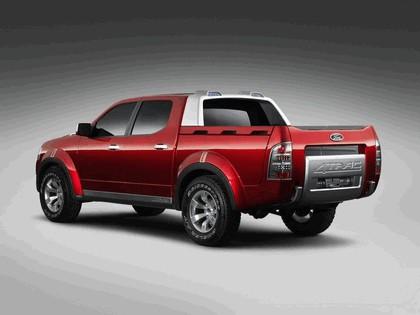 2005 Ford 4-Trac pick-up concept 11