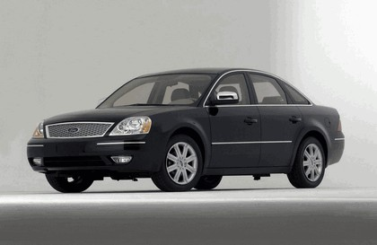 2005 Ford 500 4