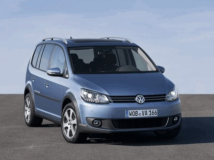 2010 Volkswagen Cross Touran 6