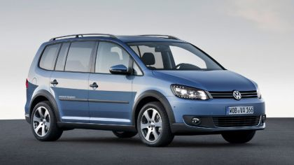 2010 Volkswagen Cross Touran 4