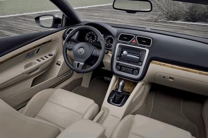 2010 Volkswagen Eos 9
