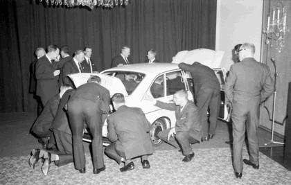 1968 Volkswagen 411 4