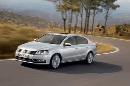2010 Volkswagen Passat 9